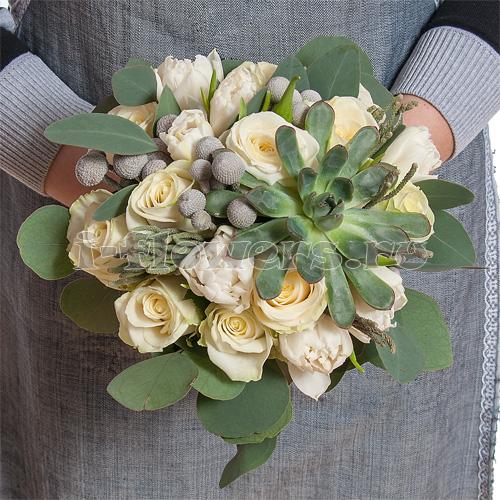 Букет свадебный розы эвкалипт