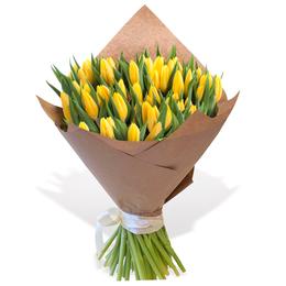 Букет из 50 Желтых Тюльпанов в Крафте