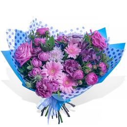 Букет из Розовых Роз, Гербер и Гвоздики Гипноз