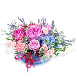 Композиция из Садовой Розы, Кустовой розы, Гортензии и Лаванды
