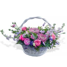 Корзина из Розовых роз, Хризантемы и Матиолы
