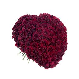 Букет из 101 красной розы в виде сердца
