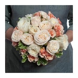Свадебный Букет Невесты из Роз Дэвида Остина, Кустовой Розы Бомбастик