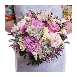 Свадебный Букет Невесты из Пионов, Роз Дэвида Остина, Эдельвейса, Латируса, Кустовой розы
