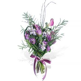 Букет из Сиреневых Тюльпанов, Маттиолы, Каллы и Эвкалипта