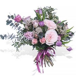 Букет из садовых Роз, сиреневых Тюльпанов, Гиацинтов и Эвкалипта ПЛАНЕТА ЦВЕТОВ