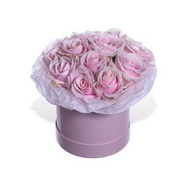11 нежно-розовых Роз в розовой коробке Мини Москва