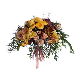 Букет из гортензии, роз, орхидей и шиповника