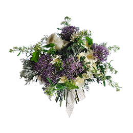 Букет из герберы, розы, аллиума и оксипеталума