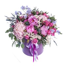 Цветы в Шляпной Коробке Пионы Гортензия Роза Латирус Эвкалипт
