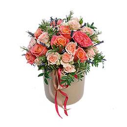 Цветы в Шляпной Коробке Розы Фисташка Кустовые Розы